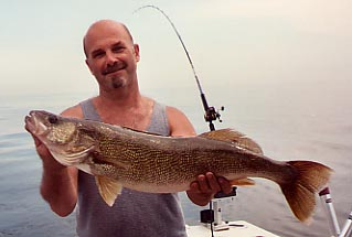Trophy walleye fishing charters lake erie ohio lucky for Ohio fishing charters